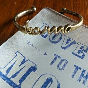 """Lucky Brand """"karma"""" bracelet."""